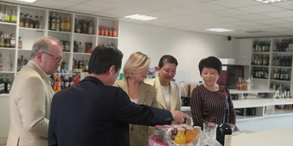 El Instituto de Cultura Gastronómica Hispano China recibe a una delegación de la ciudad de Huai'an