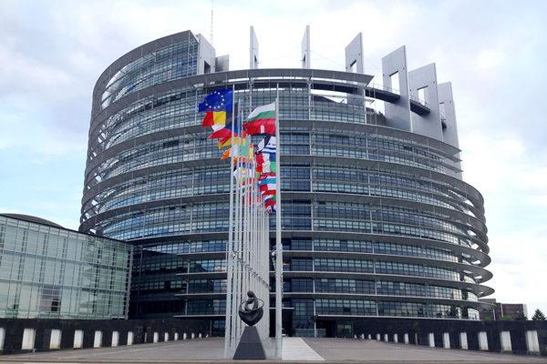 El Parlamento Europeo pide 2 billones de euros para hacer frente a la crisis del COVID-19