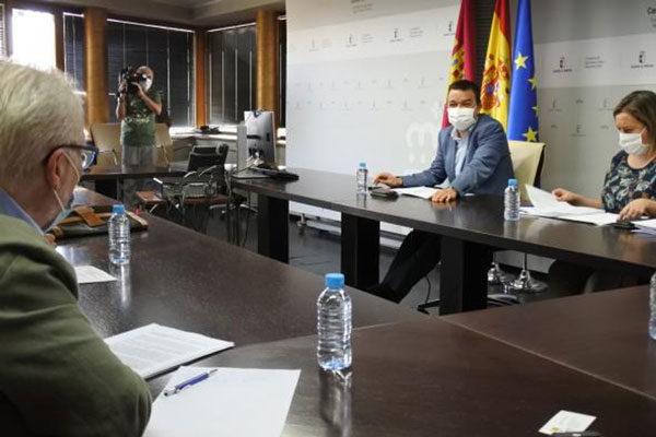 """""""Si no hay una ayuda específica en la PAC, Castilla-La Mancha la creará en el nuevo PDR"""""""