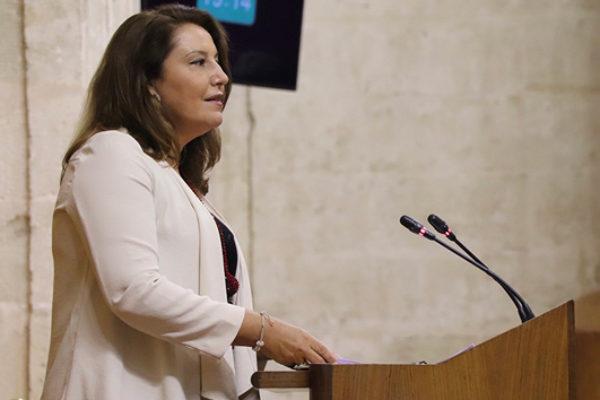"""Carmen Crespo censura el """"conformismo"""" del Gobierno de España ante la PAC"""
