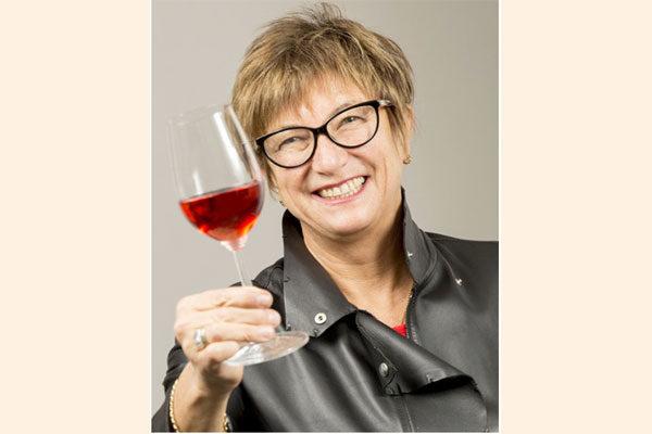 """""""Los consumidores de vino utilizarán cada vez más el comercio electrónico y, cuando sea posible, realizarán pedidos directamente desde los sitios web de las bodegas"""""""