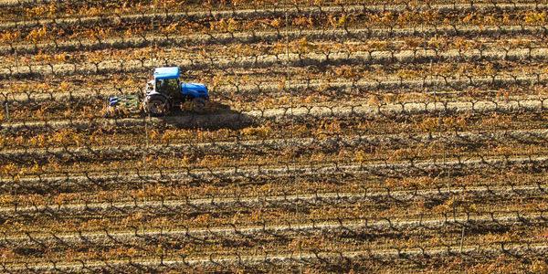 La venta de maquinaria agrícola nueva experimenta un incremento de un 14 % en los dos primeros meses del año