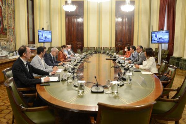 El Comité Mixto Franco-Español-Italiano del Sector Vitivinícola analiza la situación del mercado y sus perspectivas