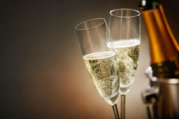 La nueva ley del champagne en Rusia, ¿aviso de la tormenta que viene o tormenta en un vaso de agua?